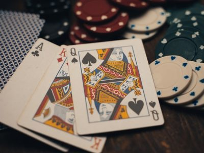 What are the most popular games at today's online casinos?