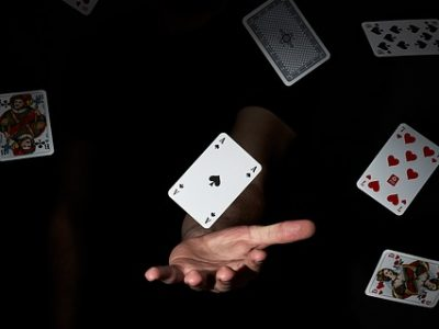 Online Gambling Games With an Element of Skill